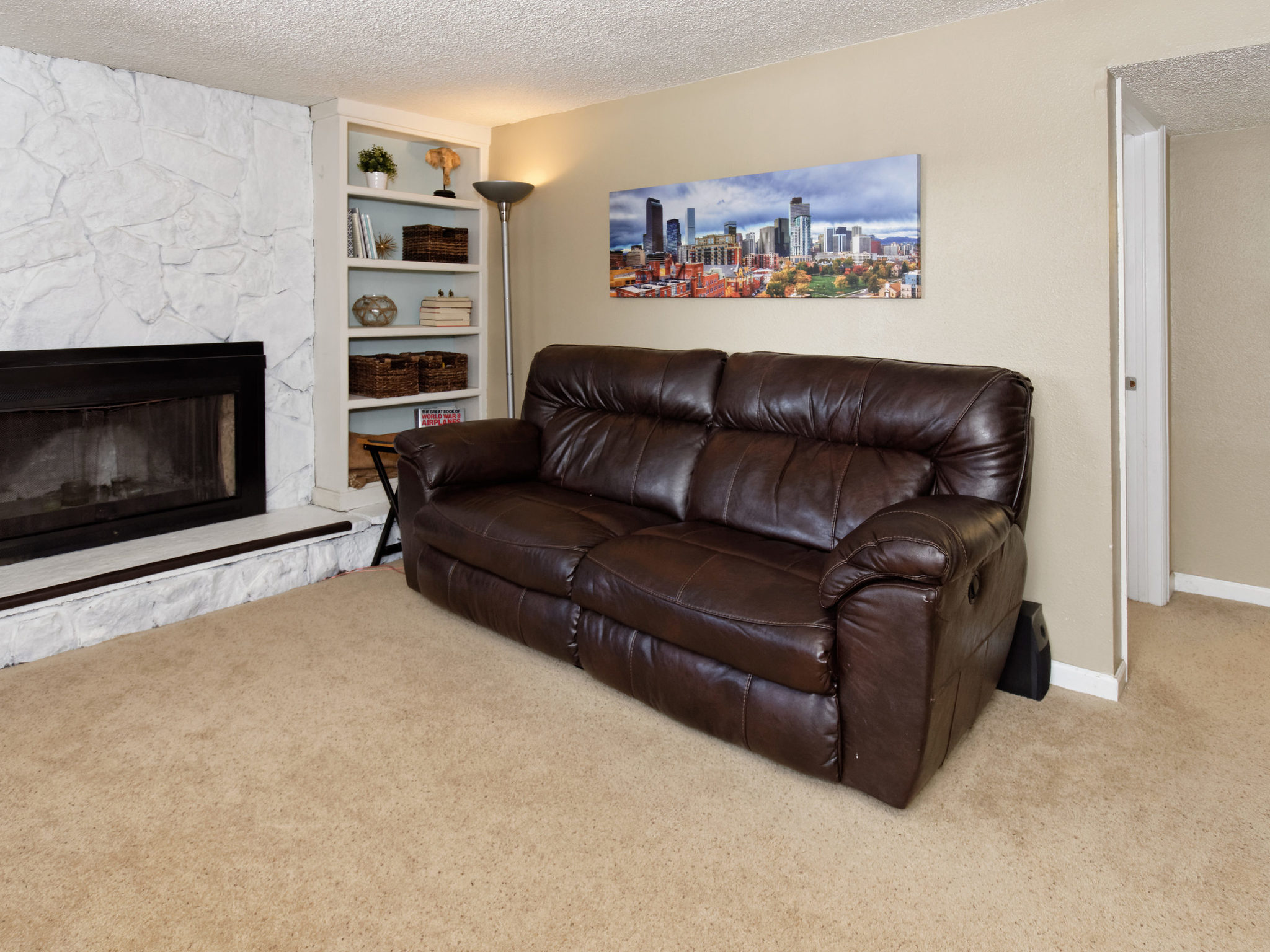 4343 S Yank St-MLS_Size-029-21-Family Room-2048x1536-72dpi