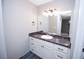 2 Bedrooms, Townhome, For Sale, E 1st Dr #C07, 2 Bathrooms, Listing ID 9674468, Aurora, Arapahoe, Colorado, United States, 80011,