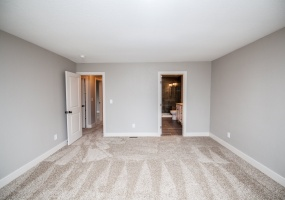 3 Bedrooms, House, Under Contract, W Houstoun Waring Cir, 3 Bathrooms, Listing ID 9674487, Littleton, Arapahoe, Colorado, United States, 80120,