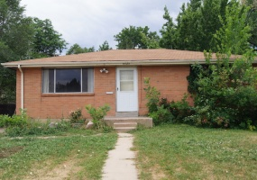 3 Bedrooms, House, For Sale, S Spotswood Cir, Listing ID 9674499, Littleton, Arapahoe, Colorado, United States, 80120,