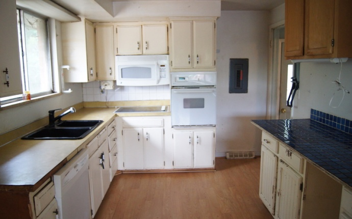 3 Bedrooms, House, Sold!, S Spotswood Cir, 1 Bathrooms, Listing ID 9674499, Littleton, Arapahoe, Colorado, United States, 80120,