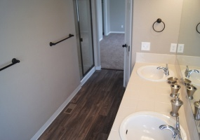 2 Bedrooms, Townhome, Under Contract, E Wesley Pl, 2 Bathrooms, Listing ID 9674513, Aurora, Arapahoe, Colorado, United States, 80014,
