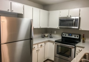 2 Bedrooms, House, Under Contract, E Colorado Ave #5, 2 Bathrooms, Listing ID 9674520, Denver, Denver, Colorado, United States, 80231,