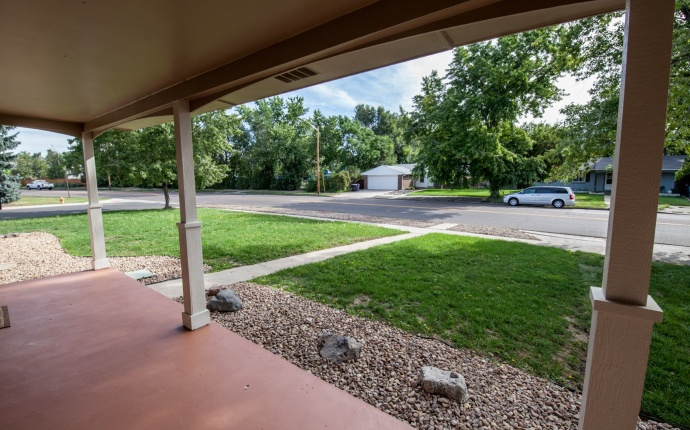 4 Bedrooms, House, For Sale, S Holly St, 3 Bathrooms, Listing ID 9674524, Denver, Denver, Colorado, United States, 80246,
