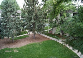 2 Bedrooms, Townhome, Under Contract, S Jasmine St #307, 1 Bathrooms, Listing ID 9674526, Denver, Denver, Colorado, United States, 80222,