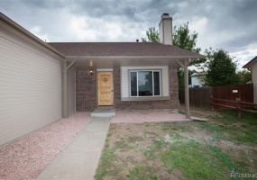 3 Bedrooms, House, Under Contract, Enid Way, 2 Bathrooms, Listing ID 9674532, Denver, Denver, Colorado, United States, 80239,