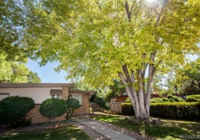 4 Bedrooms, House, Under Contract, Cody St, 2 Bathrooms, Listing ID 9674534, Arvada, Jefferson, Colorado, United States, 80004,