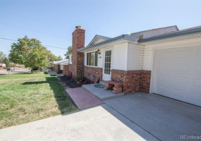 4 Bedrooms, House, For Sale, W 70th Ave, 1 Bathrooms, Listing ID 9674535, Arvada, Jefferson, Colorado, United States, 80003,
