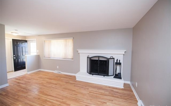4 Bedrooms, House, Under Contract, W 70th Ave, 1 Bathrooms, Listing ID 9674535, Arvada, Jefferson, Colorado, United States, 80003,