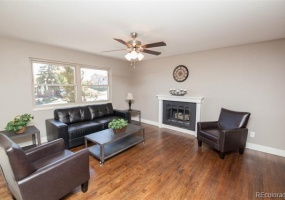 4 Bedrooms, House, For Sale, El Paso Blvd, 3 Bathrooms, Listing ID 9674541, Denver, Adams, Colorado, United States, 80221,