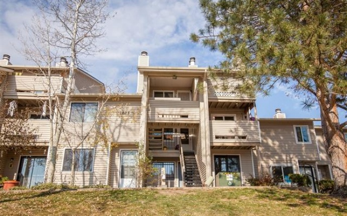 2 Bedrooms, Townhome, Sold!, Barbara Ann Dr #C, 2 Bathrooms, Listing ID 9674550, Arvada, Jefferson, Colorado, United States, 80004,