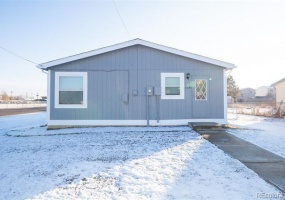 3 Bedrooms, House, Under Contract, Oneida St, 2 Bathrooms, Listing ID 9674561, Commerce City, Adams, Colorado, United States, 80022,