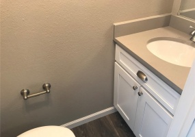 House, Under Contract, W Dartmouth Pl, 2 Bathrooms, Listing ID 9674577, Lakewood, Jefferson, Colorado, United States, 80227,