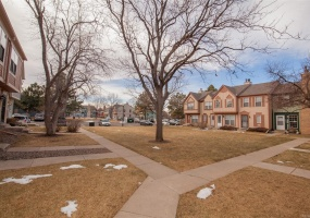1 Bedrooms, Townhome, Under Contract, S Blackhawk Way #A, 1 Bathrooms, Listing ID 9674585, Aurora, Arapahoe, Colorado, United States, 80012,